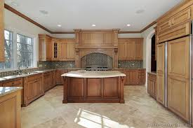 Medium Oak Kitchen Cabinets Like The Style Of This Island Traditional Two Tone 080 S27719161
