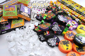 easy halloween treat bags vanchic md