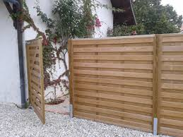 jacksons horizontal u0027hit and miss u0027 fence panels with matching gate