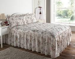 quilted classic rose garden floral fitted 4ft four foot bedspread