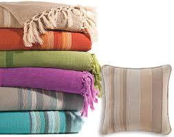 plaid coton pour canapé plaid et jetés és en coton becquet