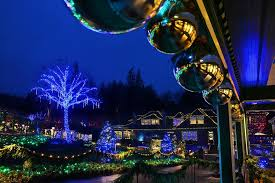 how to experience holiday magic at the butchart gardens clipper