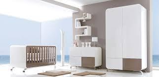 chambre enfants design marron et bleu classique mais j aime bien bb