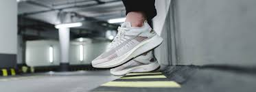 nike si e social solebox onlineshop sneakers clothing accessories