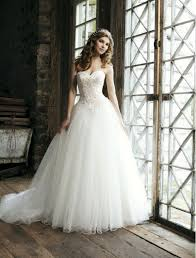 wedding dress for tulle sweetheart strapless neckline gown wedding dress with