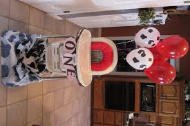 Cowboy Table Decorations Ideas Wild Wild One Cowboy Themed First Birthday Party Diying To Be