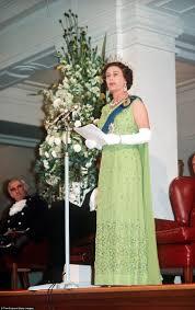 176 best gowns galore images on pinterest queen elizabeth ii