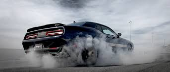 2017 dodge challenger classic muscle car