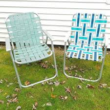 Lawn Chair With Table Attached Best 25 Plastic Garden Furniture Ideas On Pinterest Paint