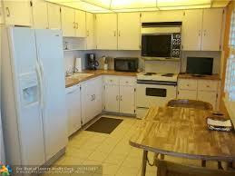 floor and decor pompano fl 16 floors and decor pompano mahogany cherry kitchen