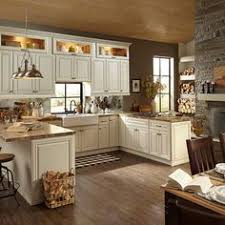 Glass Cabinets Kitchen by Wow I Like The Cream Cabinets With Chocolate Brown Walls Sanibel
