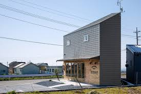 a contemporary multifunctional japanese house by snark