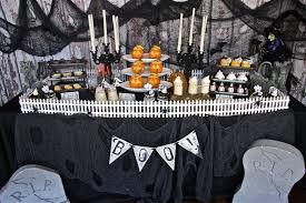 halloween decorated homes halloween decoration ideas colormob idolza