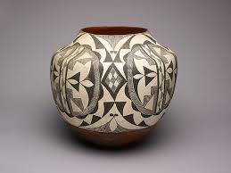 Black And White Vases Black And White Storage Jar With Abstract Geometric Motifs The