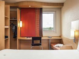 bureau de change cergy bureau de change aeroport cdg awesome hotel in roissy en ibis