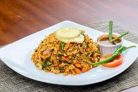 cuisiner wok wok cheese kottu picture of garland caf e ratnapura tripadvisor