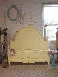 Shabby Chic Beds by Best 25 Cottage Chic Ideas On Pinterest Shabby Cottage Shabby