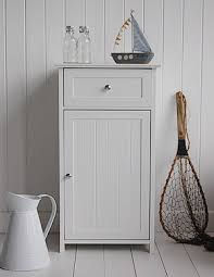 White Freestanding Bathroom Furniture Getting Your Freestanding Bathroom Furniture