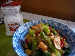 cuisiner asperges tofu caramélisé et sauté d asperges plats au tofu seitan