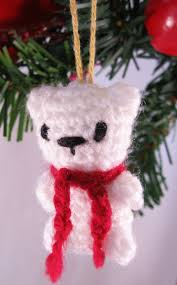 lucyravenscar crochet creatures little christmas mouse free