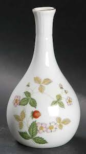 Wedgwood Vase Patterns Wedgwood Wild Strawberry Bone At Replacements Ltd Page 1