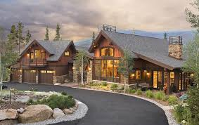 Timber Frame Home Like Balcony Over Garage And Use Of Rock And - Colorado home design