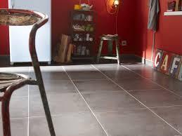 rev黎ement de sol cuisine sol de cuisine quel revêtement choisir poalgi