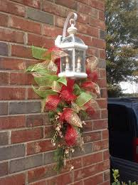 christmas swags for outdoor lights 251 best christmas decorations images on pinterest christmas