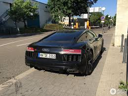 Audi R8 Blacked Out - second generation audi r8 v10 spotted with mythos black paint