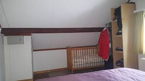 lit b b chambre parents les rangements et le lit bébé de la chambre des parents picture of