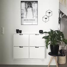 очаровательная белая квартира в стокгольме small entryways