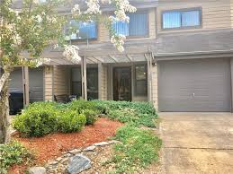 Yard House Virginia Beach Menu Homes For Sale In Aeries On The Bay Virginia Beach Va Rose And
