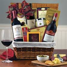 picnic gift basket the 25 best picnic gift basket ideas on bridal shower
