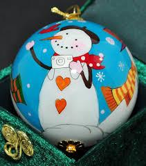 le li bien 2007 3 snowmen inside painting 3