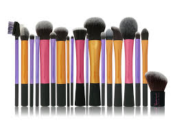why i u0027m not a fan of real techniques makeup brushes