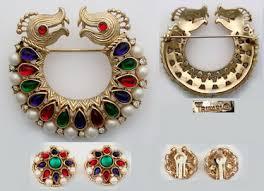 jewellery designers identifying costume jewelry antique jewelry investor