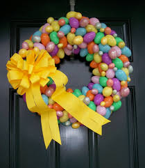 Cute Easter Door Decorations by Easter Egg Wreath Easter Egg Wreaths Southern Charmz Interiors
