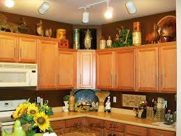 a stroll thru life small changes to the cabinet top displays