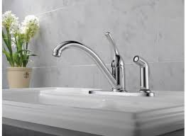 delta classic single handle kitchen faucet with integral spray