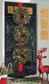 Buddy The Elf Christmas Decorations The 25 Best Christmas Door Ideas On Pinterest Diy Xmas