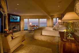Carson S Bedroom Furniture by Johnny Carson U0027s Over The Top Former Estate Hits The Market In