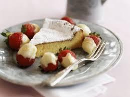 White Chocolate Dipped Strawberries Recipe White Chocolate Cake With Chocolate Dipped Strawberries Recipe