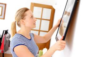 how to hang a picture using a fork reader u0027s digest reader u0027s digest