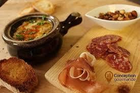 oignon chambre b soupe à l oignon et planchette de saucissons photo de la chope à