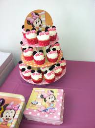 minnie mouse 1st birthday favors minnie mouse cupcakes made with