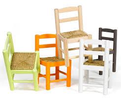 chaise enfant bois chaise pour enfant de toutes les couleurs