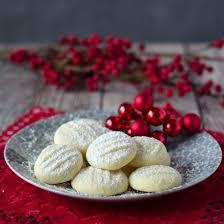 delicious german snowflake cookies foodgawker
