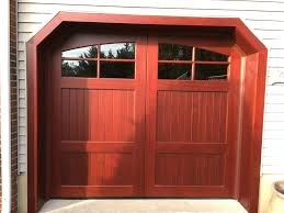 your garage door guide for colonial style homes