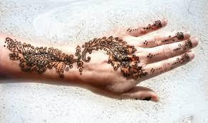 red ink amazing sharpie henna tattoo design image make on hand