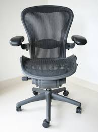 the best office chair for lower back pain and why you need one